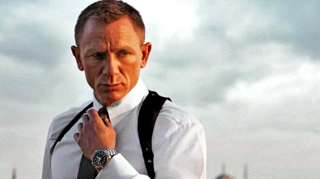"Daniel Craig and Sam Mendes Give ""Skyfall"" a Classic Bond Update"