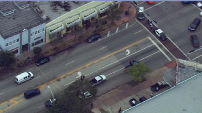 Police Investigate a Shooting in South Beach