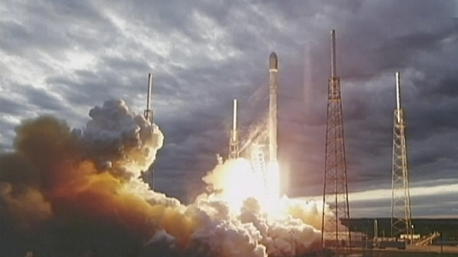 SpaceX, Orbcomm Want to Launch Satellites in July