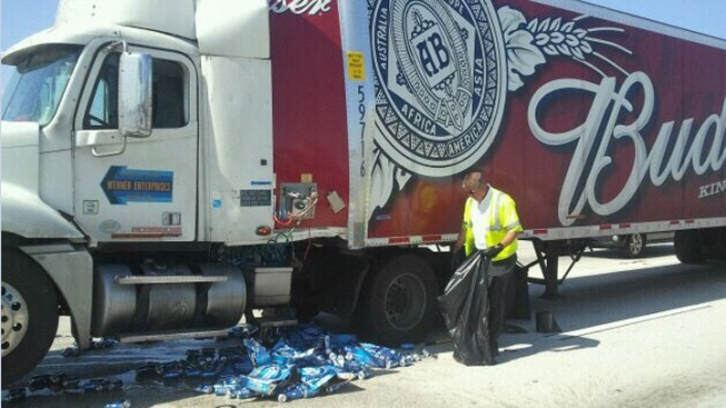 Jacksonville Highway Closes After Beer Cans Spill Onto Roadway