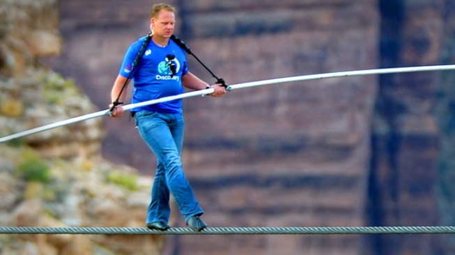 "Daredevil Nik Wallenda on Death-Defying Tightrope Walk Near Grand Canyon: ""I Was Working for Every Single Foot"""
