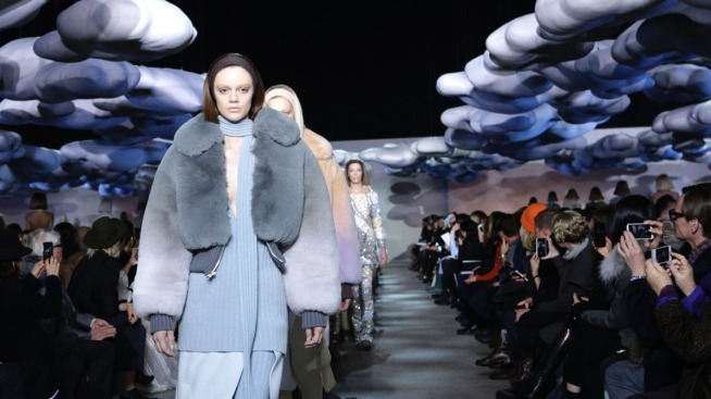New York Fashion Week Ends as Snow Wreaks Havoc