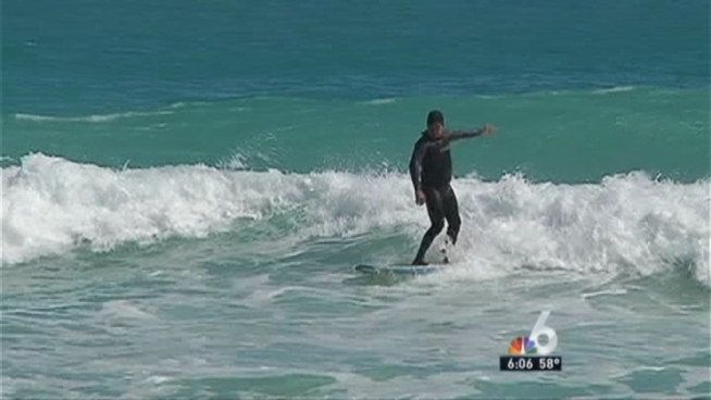 NBC 6 reporter Donna Rapado shows how South Floridians and tourists alike enjoyed the weekend amid the cooler temps.