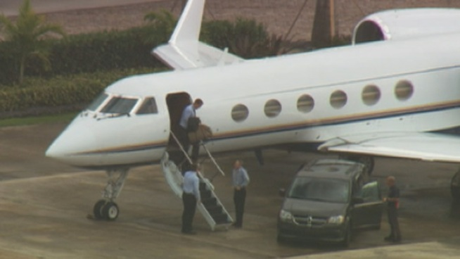 Peyton Took A Private Jet To Miami  IGN Boards