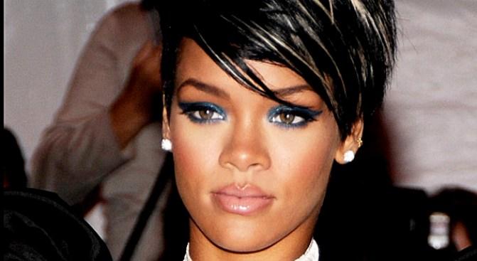Rihanna to Testify at Chris Brown Hearing