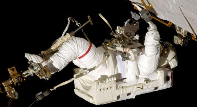 NASA Astronauts Begin Urgent Spacewalking Repairs