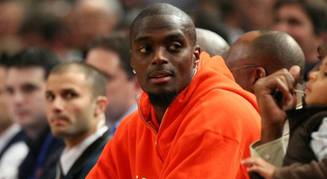 DA: Jail or Bust for Plaxico Burress