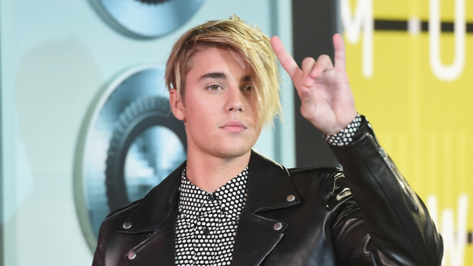 Justin Bieber's Hair at the 2015 MTV Video Music Awards Took Over Twitter