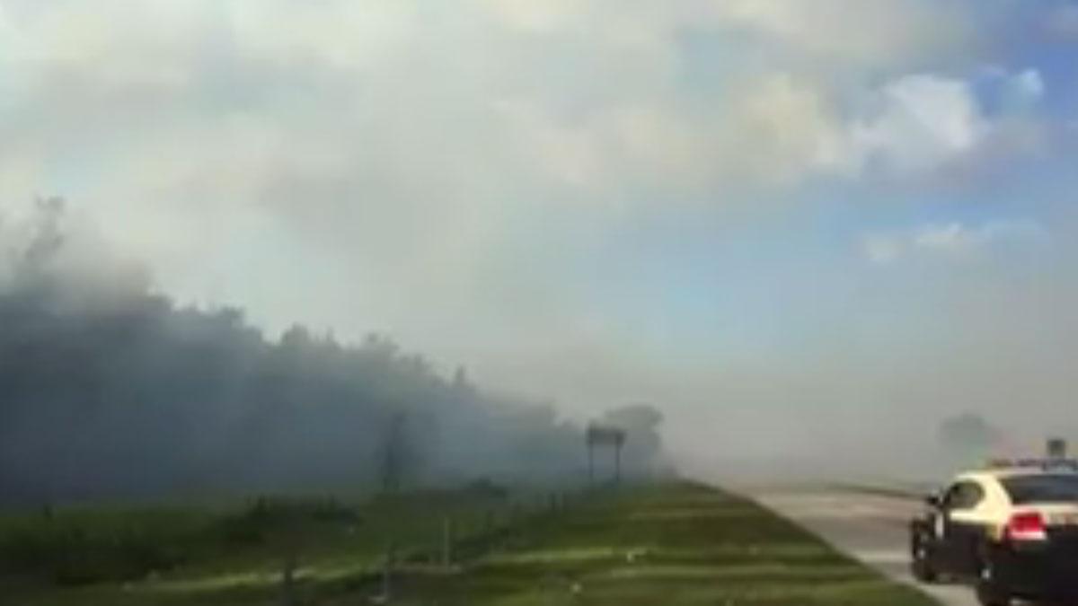 Brush Fire Shuts Stretch of Florida Turnpike - Miami news
